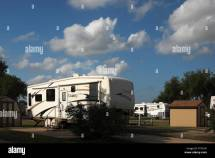 Travel Trailers Wheels Mobile Homes And Park