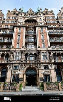 Exterior Hotel Russell Square Stock