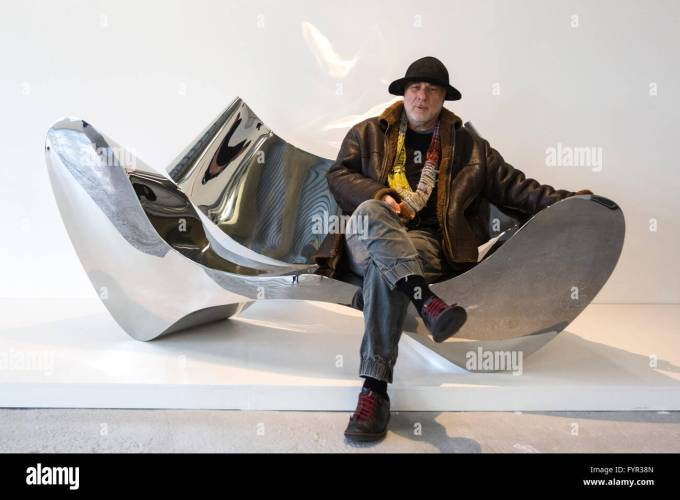 Ron Arad D Sofa  ThecreativescientistCom