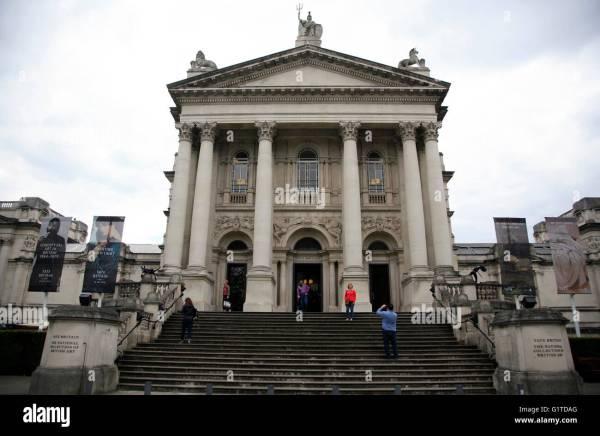 Tate Britain Sculpture Stock & - Alamy