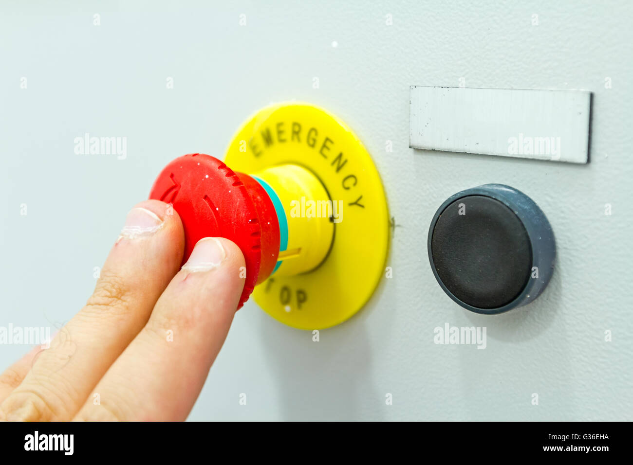 hight resolution of activation or shutdown fuse box with an emergency reset buttonactivation or shutdown fuse box