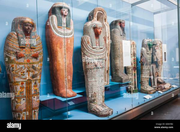 Egyptian Mummies Stock &