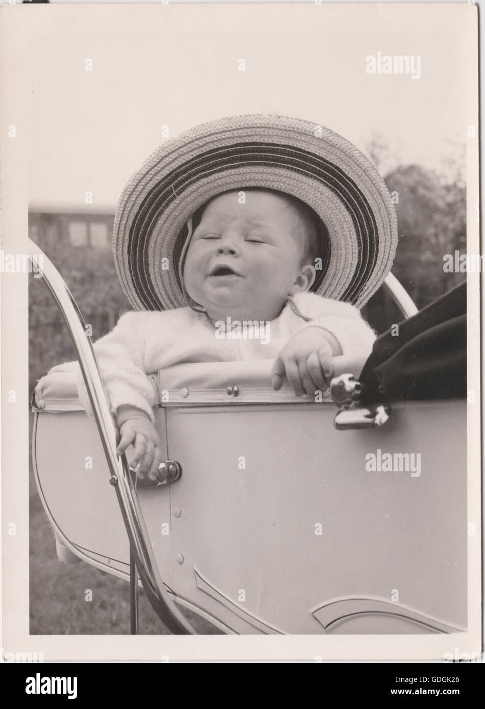 https www alamy com stock photo vintage baby in pram wearing a hat black white 111618926 html