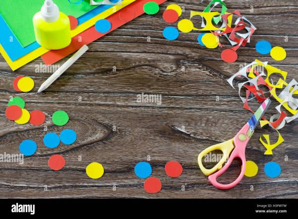 Crafts with Cardboard Circle S