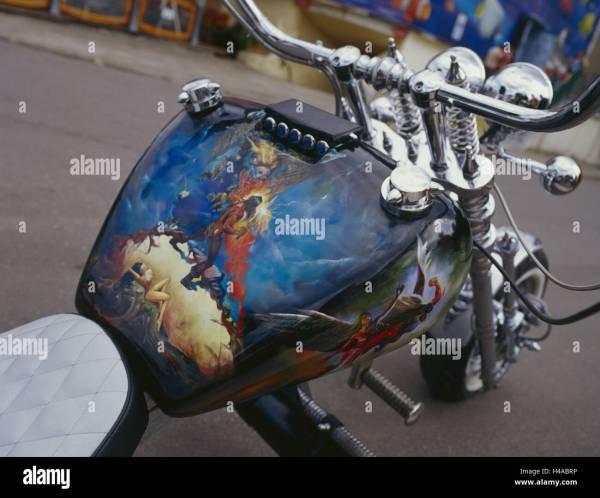 Motorcycle Detail Tank Airbrush Motif