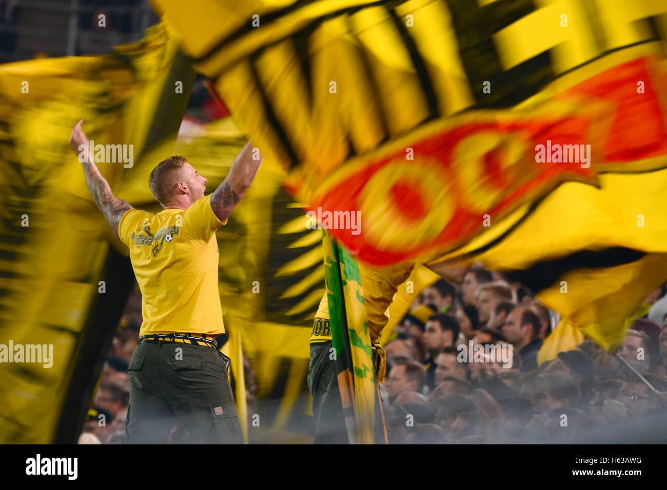 Manchester united vs liverpool tickets. Signal Iduna Arena Dortmund Germany 14 10 2016 1 Football Stock