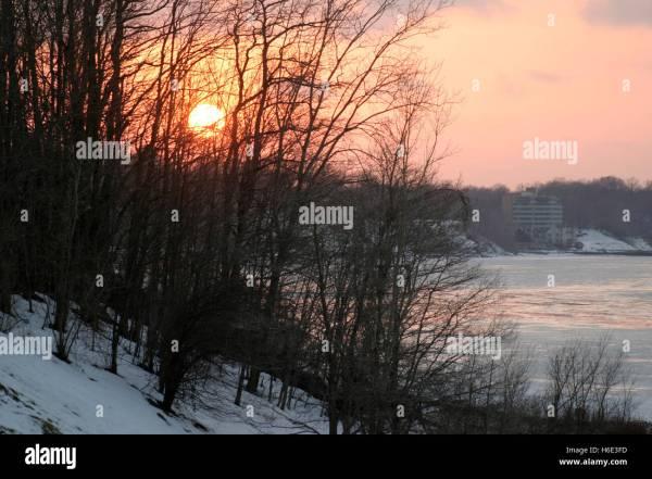 Lake With Trees Ohio Stock & - Alamy