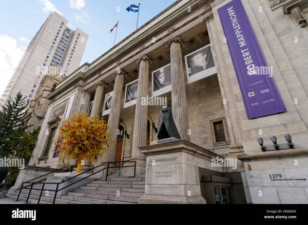 Musee Des Beaux Arts Stock &