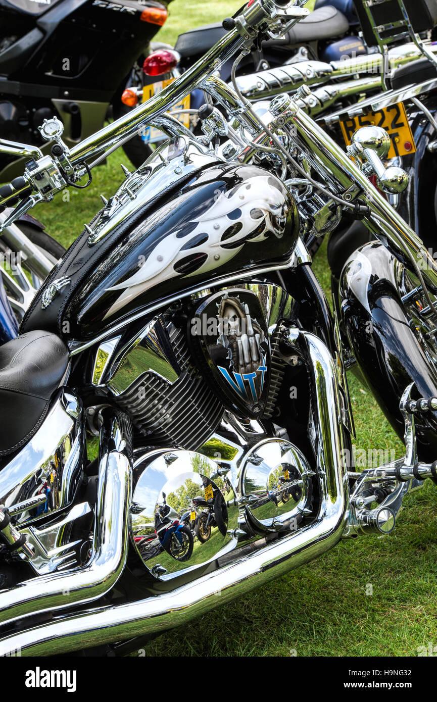 hight resolution of custom honda vtx motorcycle