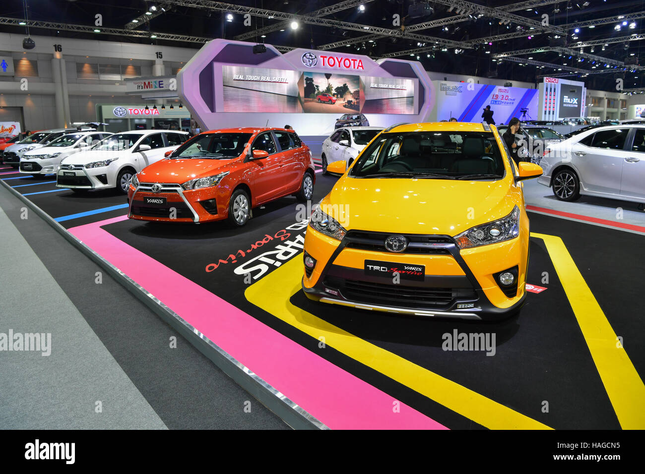 all new yaris trd sportivo 2017 kijang innova 2.0 q a/t venturer car stock photos images page 2 alamy nonthaburi thailand 30th november 2016 30 toyota