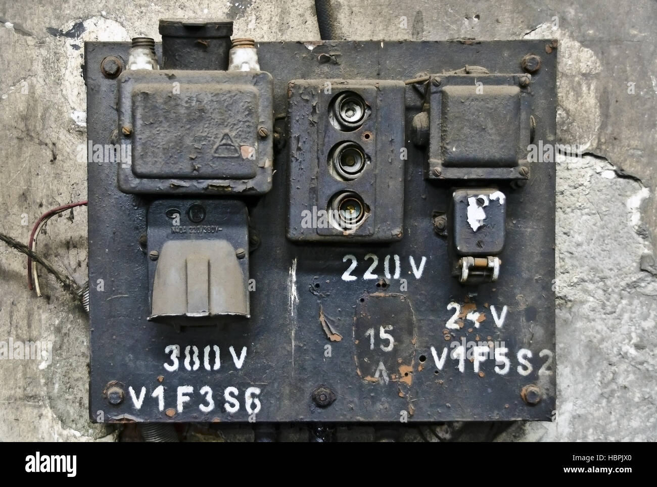 hight resolution of old electric fuse panel