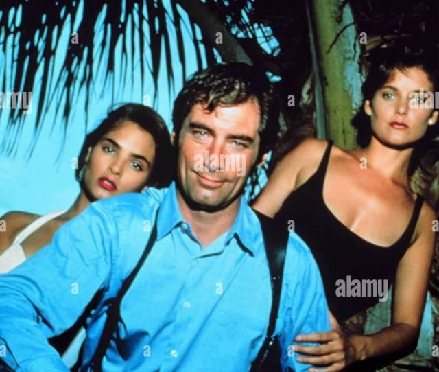 Talisa Soto Timothy Dalton Carey Lowell James Bond Licence To Kill 1989