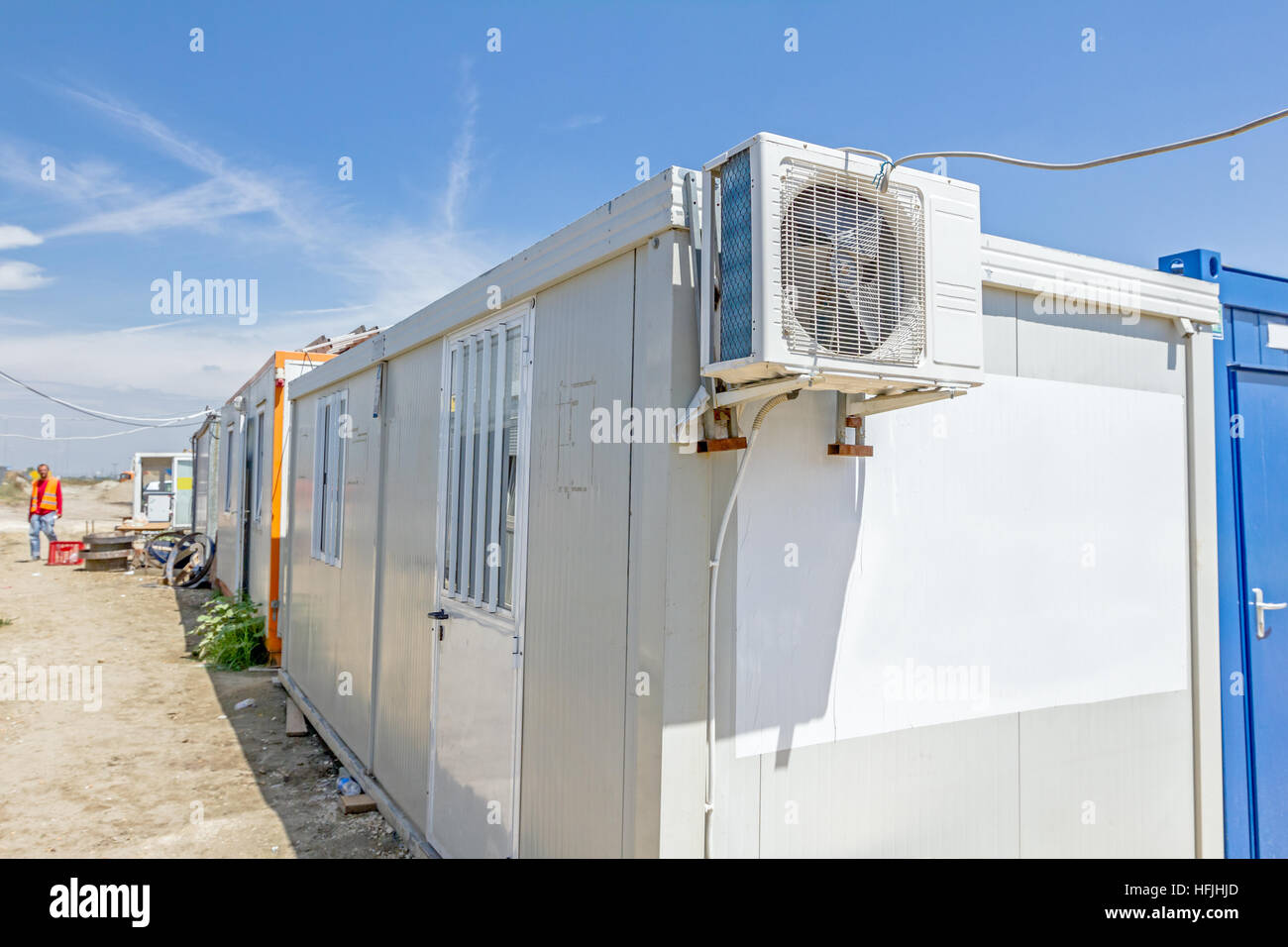 air conditioner container outdoor light wiring diagram unit compressor of is placed on