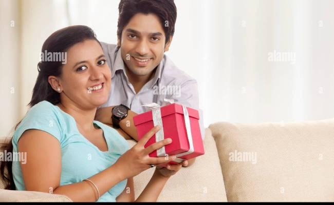 India Girlfriend Boyfriend Stock Photos India Girlfriend