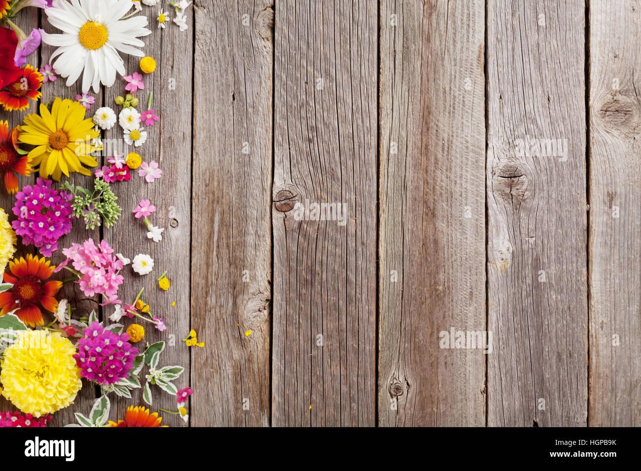 Wwoden Backgrounds Flowers