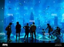 Aquarium And People. Atlantis Palm Hotel