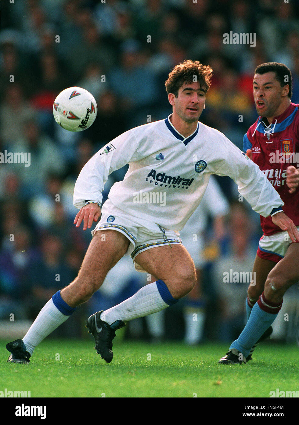 The story of how cantona ended up at old trafford has been told several times since november 1992, when he made the move from leeds united to their bitter. Eric Cantona Leeds United Fc 14 September 1992 Stock Photo Alamy
