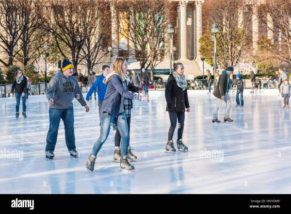 Teens Skating Stock & - Alamy