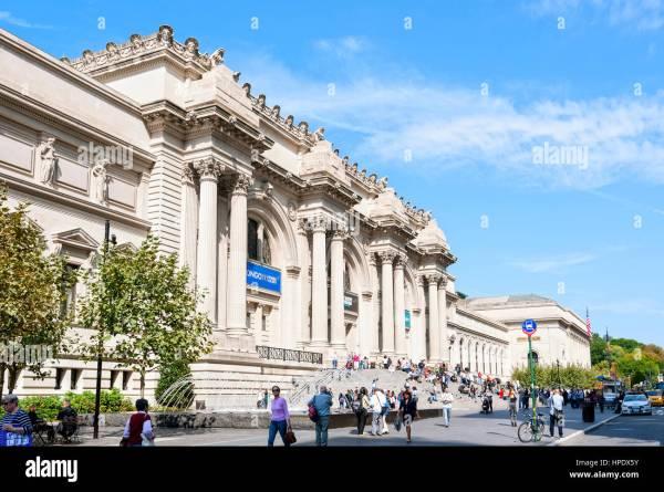 Metropolitan Museum Of Art Met Exterior