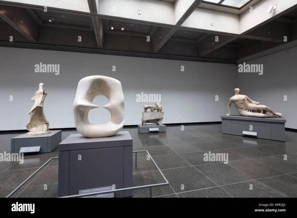 Henry Moore Art Of Toronto Stock