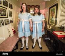 Twins Shining Cosplay Stock 135187100 - Alamy