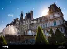 Hotel De Ville Paris Stock &