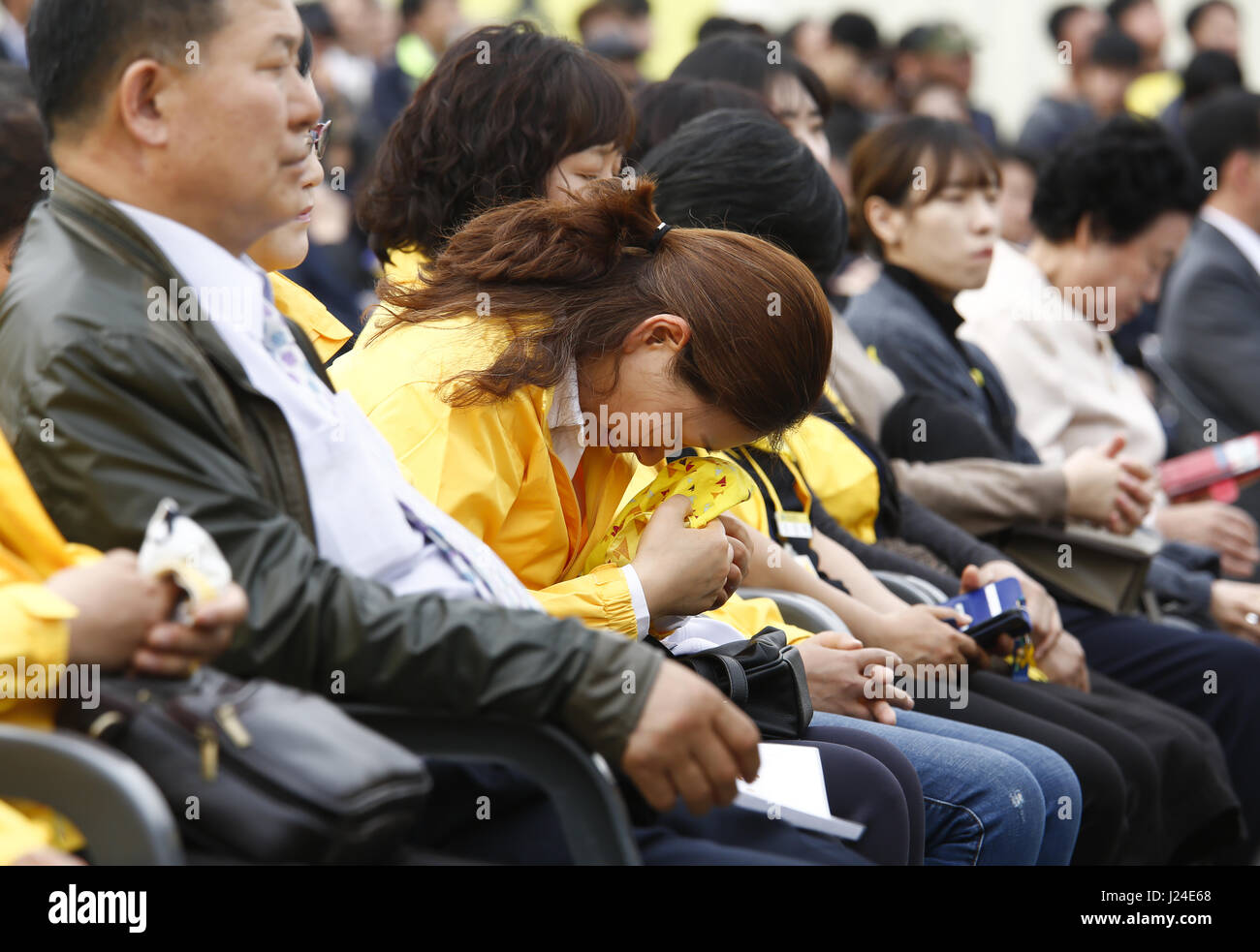 Family Members Of Victims Of Sewol Ferry Disaster Stock Photos & Family Members Of Victims Of Sewol Ferry Disaster Stock Images - Alamy