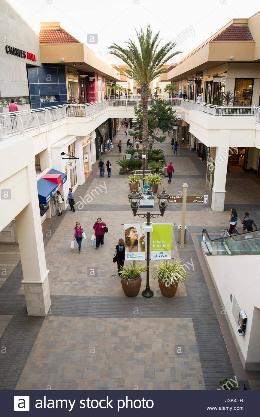 Mission Valley Shopping Center : mission, valley, shopping, center, Fashion, Valley, Resolution, Stock, Photography, Images, Alamy