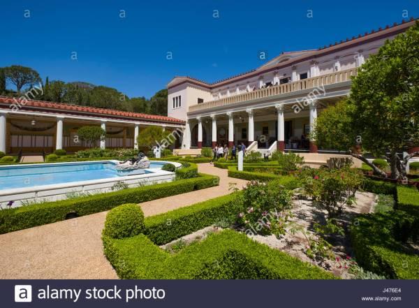 Outer Peristyle Garden . Paul Getty Museum Villa Stock 140300332 - Alamy