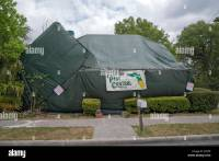 Tent Fumigation & Workers From Geigeru0027s Pest Services