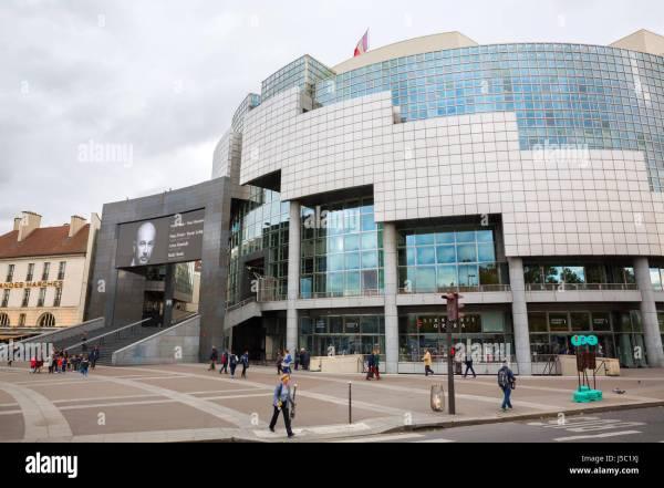 Opera Bastille Stock &
