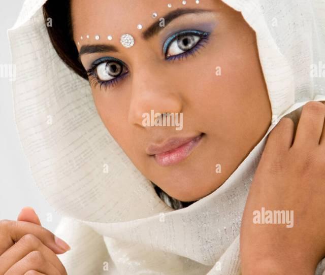 Face Scarf Muslim Hindu Indian White Beauty Head Woman Blue Beautiful