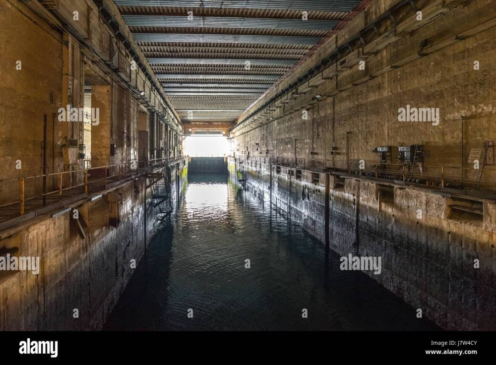 medium resolution of second world war u boat pen in keroman iii bunker lorient submarine base