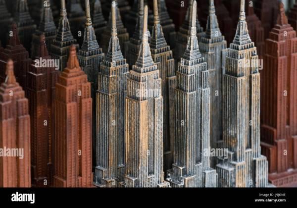Empire State Building Souvenir Stock & - Alamy