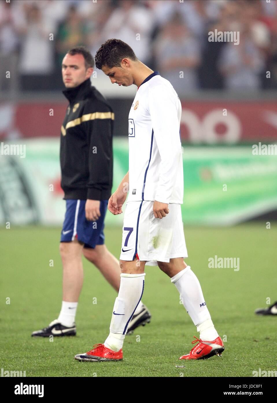 Barcelona Vs Man United 2009 : barcelona, united, CRISTIANO, RONALDO, AFTER, DEFEAT, BARCELONA, MANCHESTER, UNITED, STADIO, Stock, Photo, Alamy