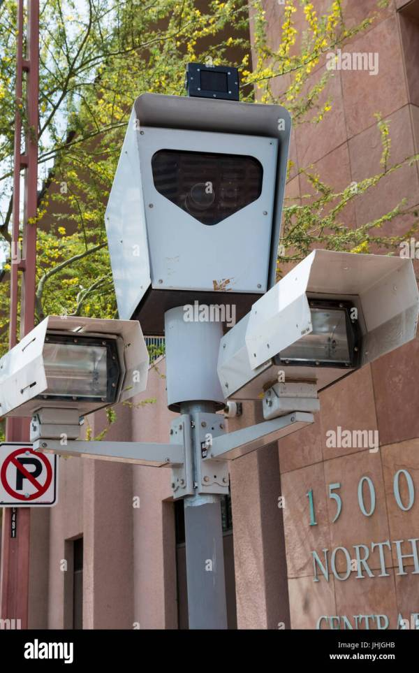 Phoenix Traffic Cameras Live - Year of Clean Water