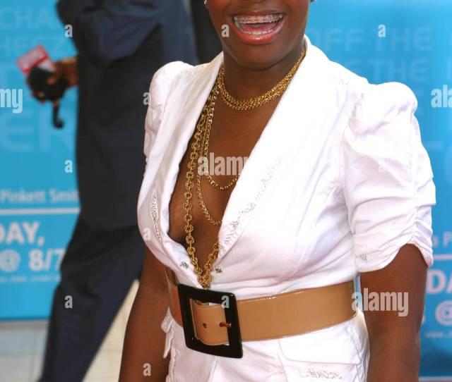 Rb Artist Fantasia Barrino At 2005 Bet Awards Red Carpet Kodak Theatre Los Angeles Ca
