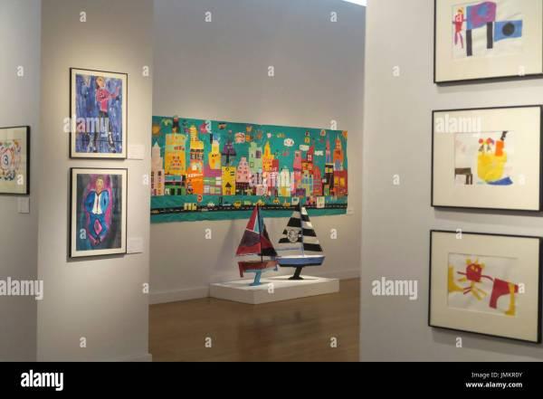 """studio In School"" Art Installation Christie'"