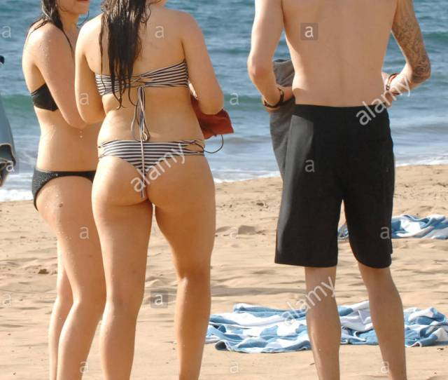 Rock Star Gene Simmons Daughter Sophie Tweed Simmons Showed Off Her Bikini Body In Hawaii Today Frolicking In The Pacific Ocean With Her Boyfriend And A