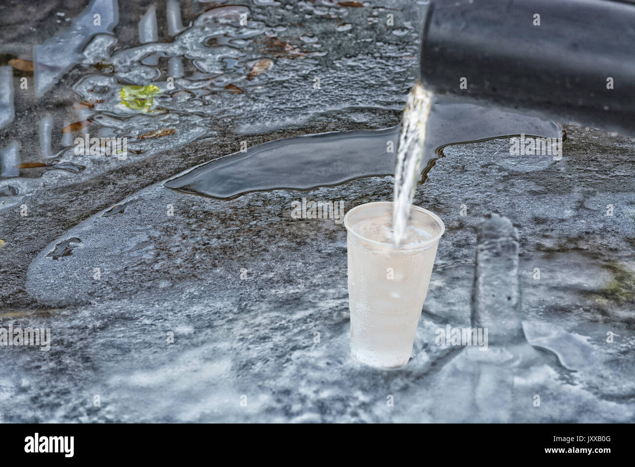 Natural Source Cold Clean Water Stock Photos Amp Natural Source Cold Clean Water Stock Images