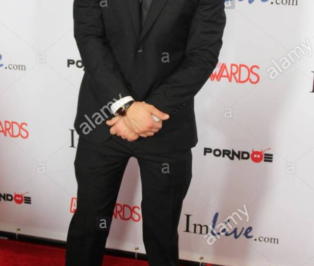 Seth Gamble The Avn Awards Were Held At The Joint Inside The Las Vegas Hard Rock Hotel And Casino Saturday Night Over 300 People Walked The Red Carpet