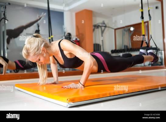 Znalezione obrazy dla zapytania push ups legs hanging