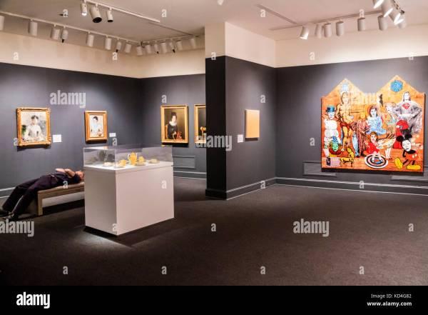 Women in Washington DC Museum of Art