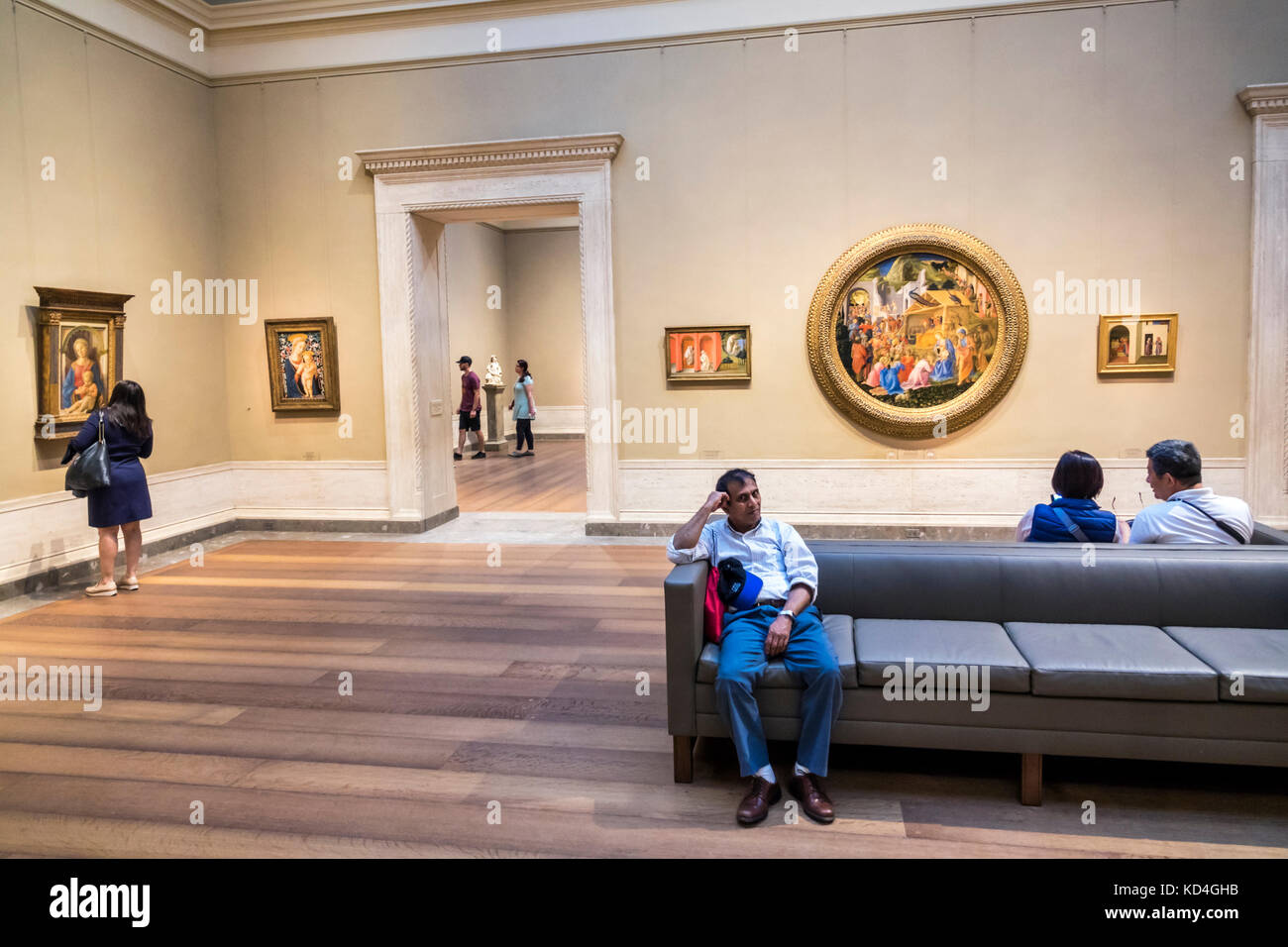 sofa art gallery silver grey what colour walls washington dc district of columbia national museum painting renaissance interior inside quattrocento fra filippo lippi asian man sitting