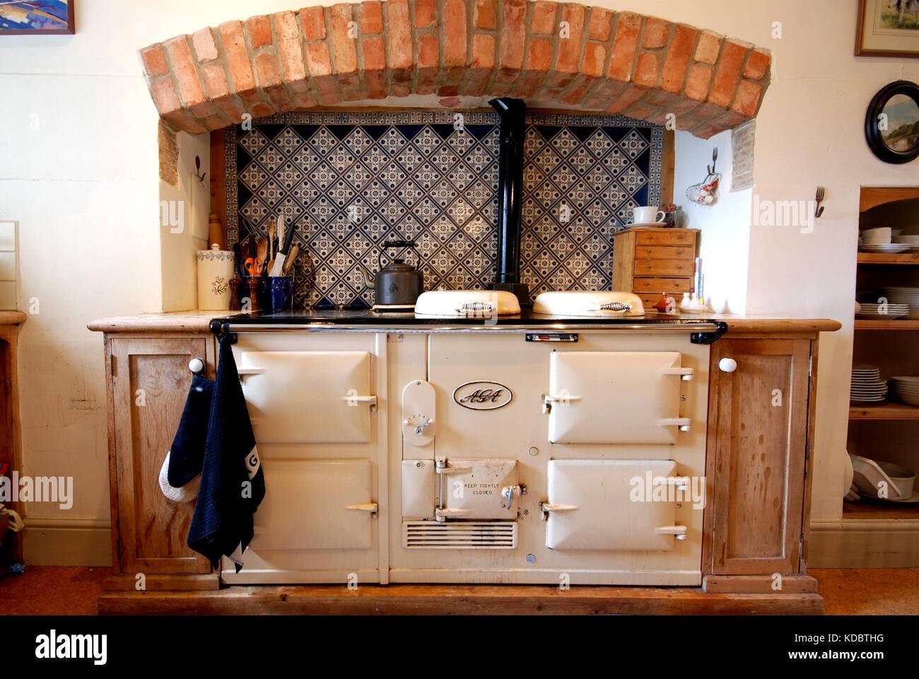 Aga Kitchen Stock Photos & Aga Kitchen Stock Images - Alamy