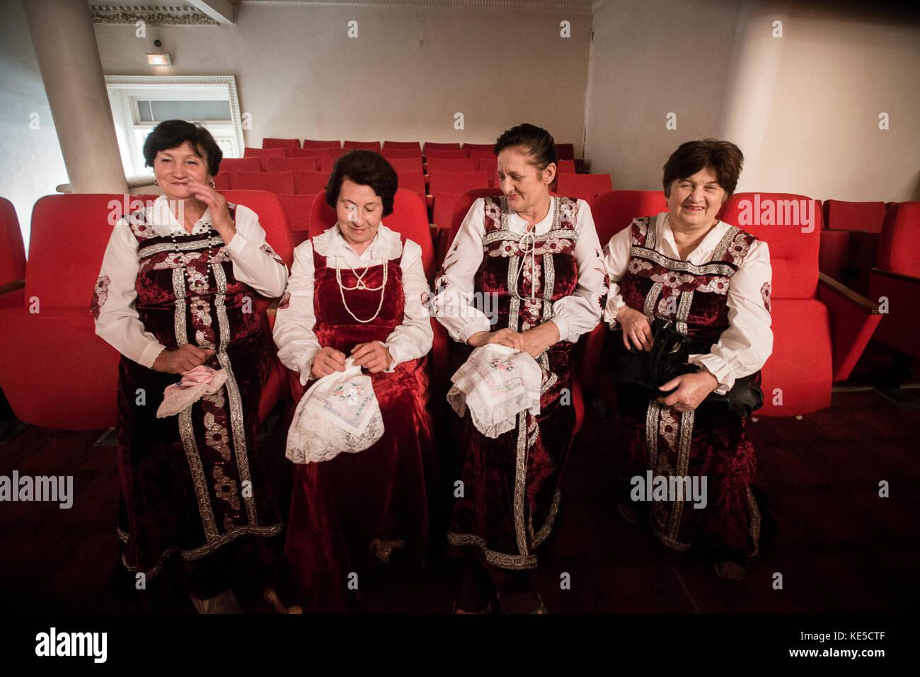 slavyanka chorus sing traditional