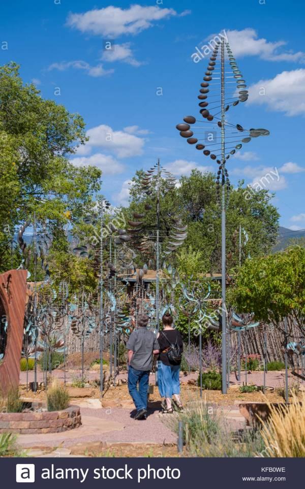 Wind Sculptures Stock & - Alamy