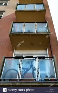 Cantilever Balcony Stock Photos & Cantilever Balcony Stock ...