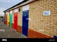 Toilet Doors Stock Photos & Toilet Doors Stock Images - Alamy