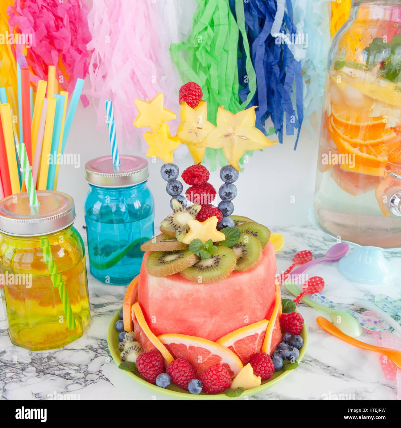 Bunter Kuchen 25 Kuchen Fur Kinder Die Kleine Naschkatzen